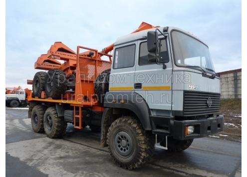 Трубоплетевозный тягач Урал бескапотный